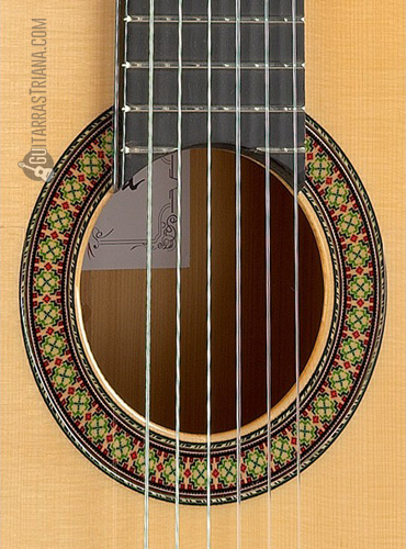 guitarra-alhambra-7FC-boca