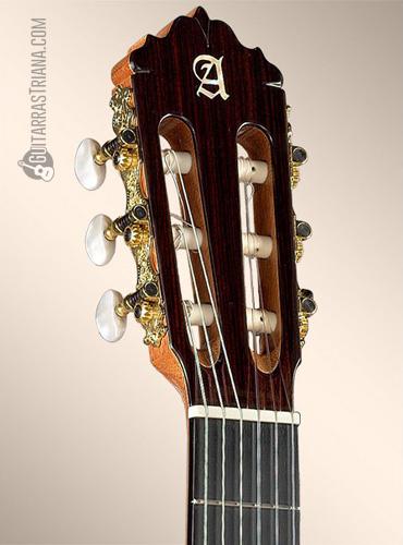 guitarra-alhambra-7FC-clavijero