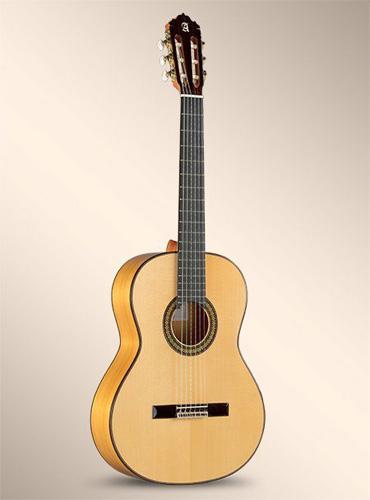 guitarra-alhambra-7FC