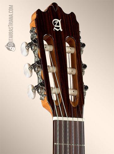 guitarra-flamenca-alhambra-3f-clavijero