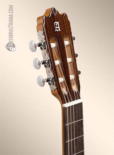 guitarra-alhambra-3C-clavijero