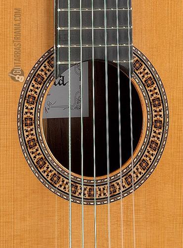guitarra-alhambra-6P-boca