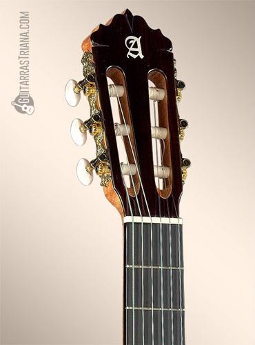 guitarra-alhambra-6P-clavijero