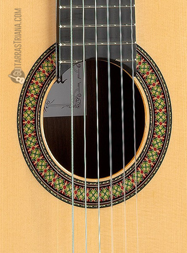 guitarra-alhambra-7PA-boca