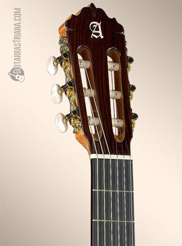 guitarra-alhambra-7PA-clavijero