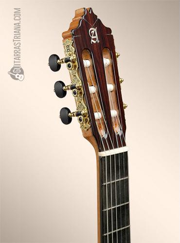 guitarra-alhambra-8P-clavijero