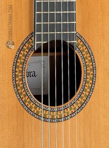 guitarra-alhambra-9P-boca