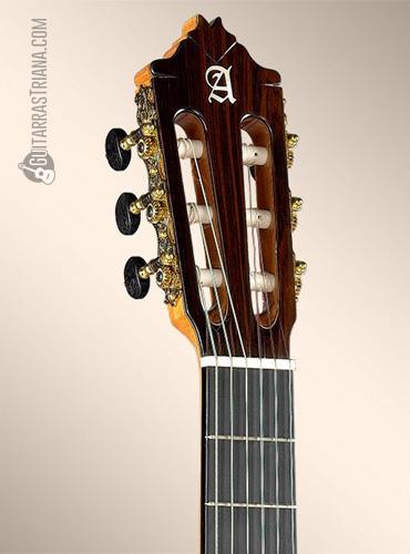 guitarra-alhambra-9P-clavijero