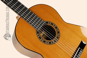 guitarra-admira-malaga-tapa