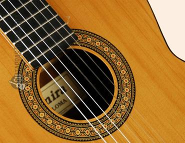 guitarra-admira-paloma-boca