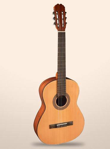 guitarra-clasica-admira-alba