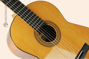 guitarra-clasica-admira-rosario-tapa