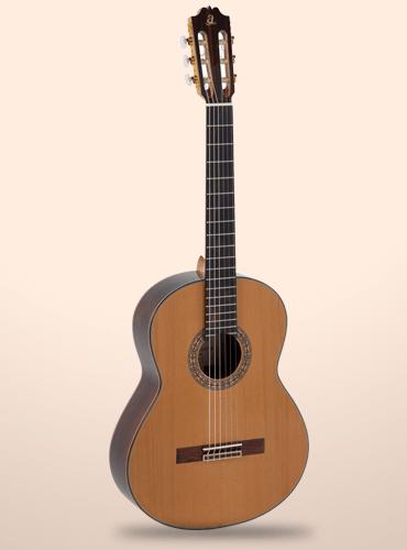 Guitarra Admira A15