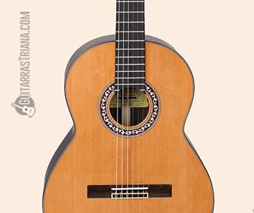 guitarra clásica F.Bros alcazar boca con roseta