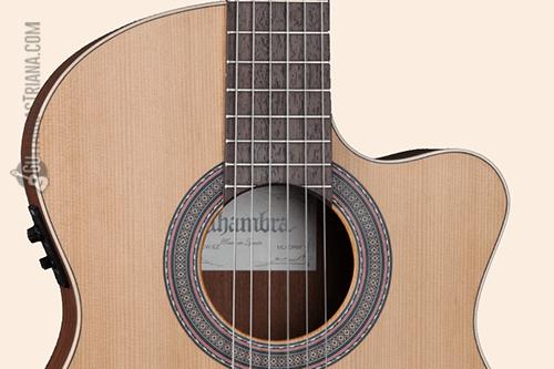 roseta y tapa de la guitarra Alhambra Z-Nature CW EZ