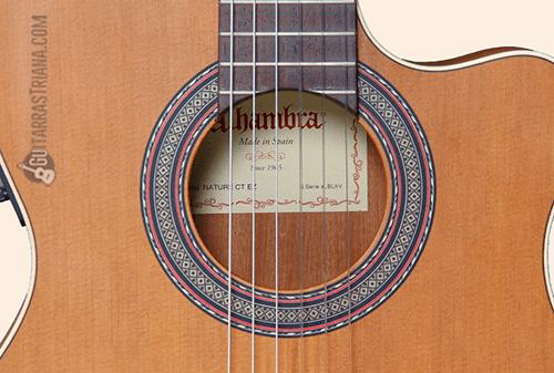 boca de la guitarra clásica alhambra z nature ct ez