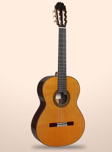 guitarra clásica alhambra luthier india montcabrer