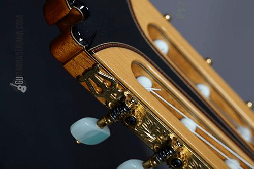 clavijero dorado de lujo del modelo alhambra vilaplana flamenca