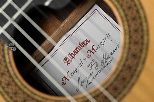 boca de la guitarra clásica Mengual y Margarit Serie C