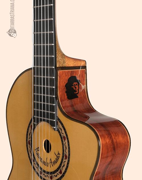 guitarra bros raimundo amador en color amarillo