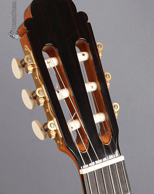 clavijero de la luthier india montcabrer